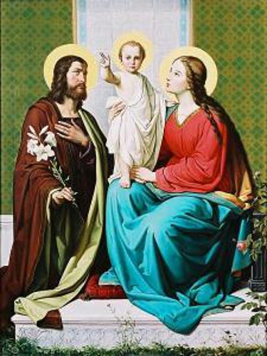http://iamachild.files.wordpress.com/2011/01/holy-family.jpg