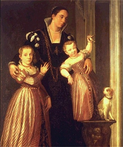 Paola Gualdo and Daughters